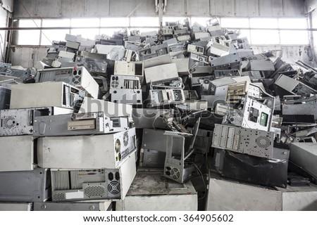 Old computers dump on jubkyard