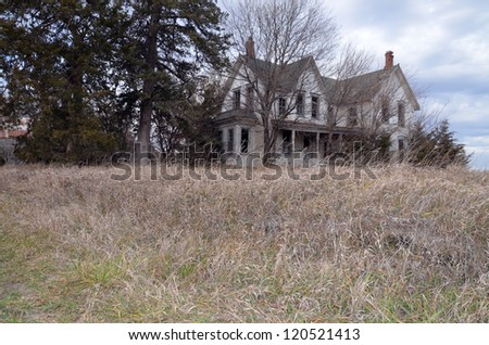 Old Farmhouse with grass