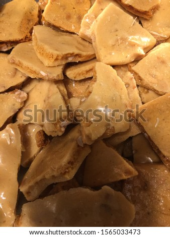 Old fashioned homemade peanut brittle candy
