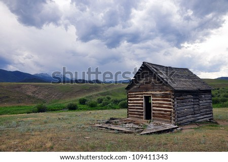 Old Homestead - Montana