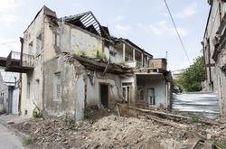 old house, abandoned house