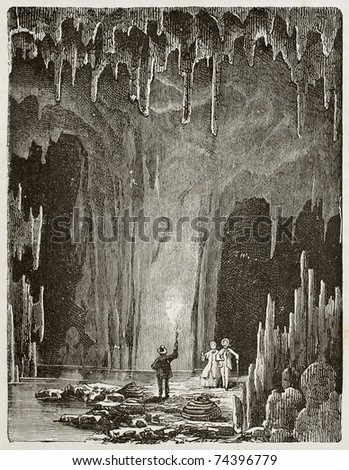 Old illustration of the Grotte des demoiselles (Maidens grotto). Original, by unknown author, was published on L'Eau, by G. Tissandier, Hachette, Paris, 1873 Stock fotó ©
