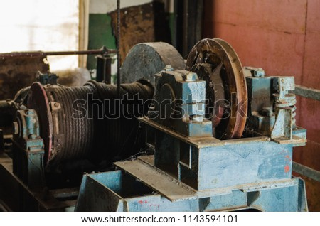 old lifting gear. winch