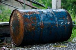 old metal barrel oil,barrel oil gallon rusty