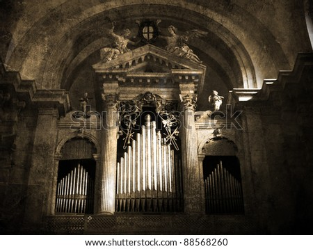 Old organ. Vintage picture