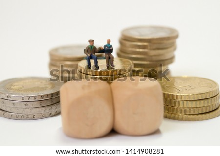 Old people discuss the pension #1414908281