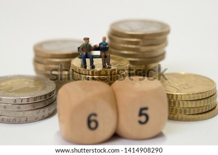 Old people discuss the pension #1414908290