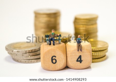 Old people discuss the pension #1414908293