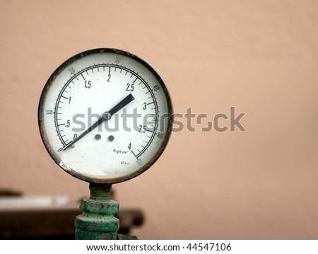 Old pressure gauge (manometer)