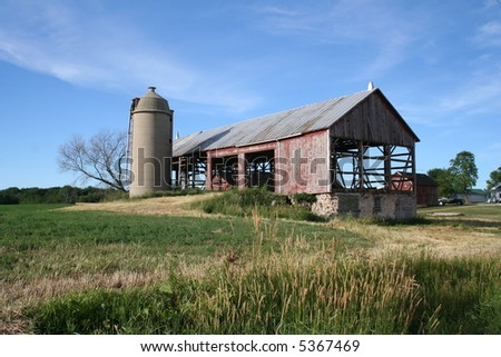 old red Wisconsin barn framework