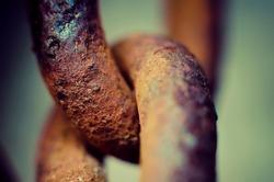 old rusty chain link macro
