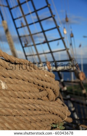 Old Ship tackles on the frigate