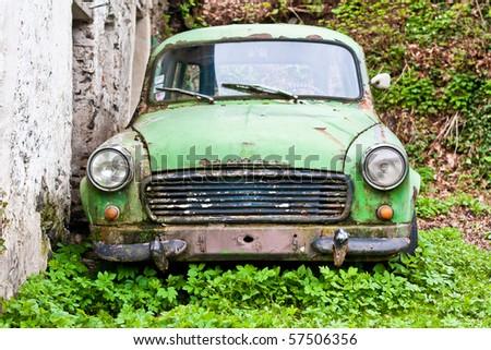 Old Skoda 1202 wreck