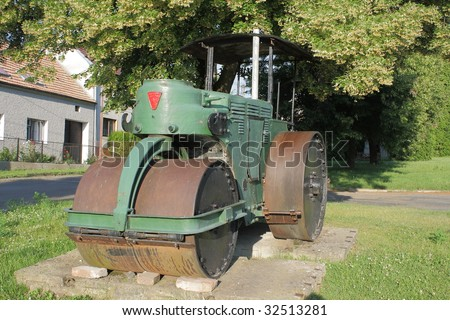old steam roller