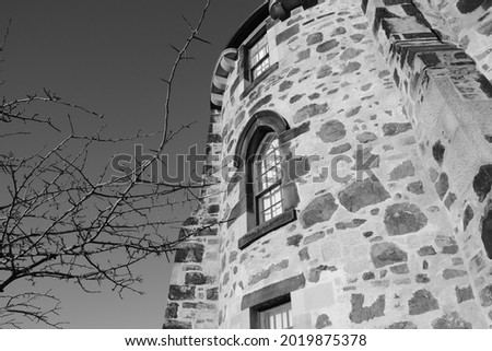 Old stone arhitecture in the city of Edinburgh Imagine de stoc ©