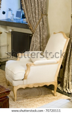 Old Styled armchair