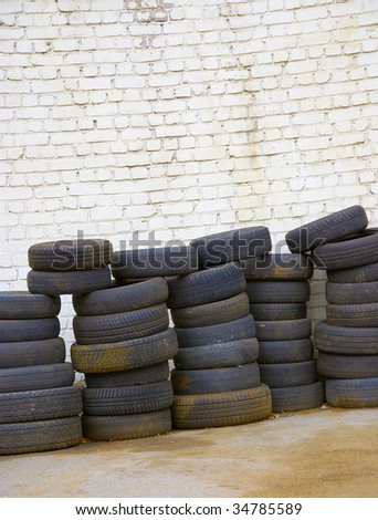 Old tires #34785589