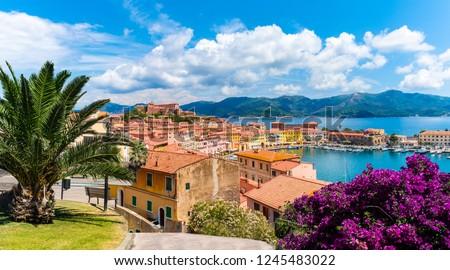 Old town and harbor Portoferraio, Elba island, Italy Foto stock ©