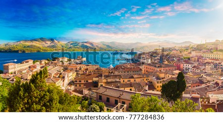 Old town and harbor Portoferraio, Elba island, Italy. Foto stock ©