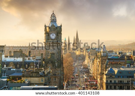 Old town Edinburgh and Edinburgh castle in Scotland UK