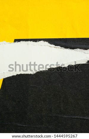 Old vintage blank ripped torn posters grunge texture background creased crumpled paper backdrop placard surface Foto d'archivio ©
