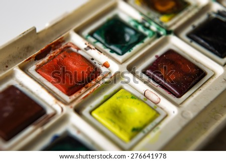 old well used artist watercolour paints set