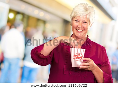 Old Woman Eat Popcorn, Outdoor