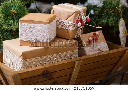 Old wooden box Vintage gift box (package)