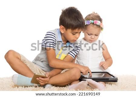 брат и молоденькая сестра порно