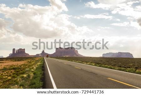 On the Road Monument Valley panorama - Arizona, AZ, USA