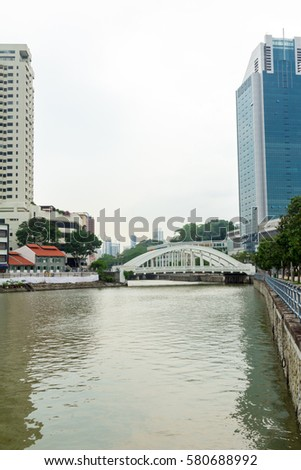 One of the bridges over the Singapore River Architectural monuments and places of interest in Singapore #580688992