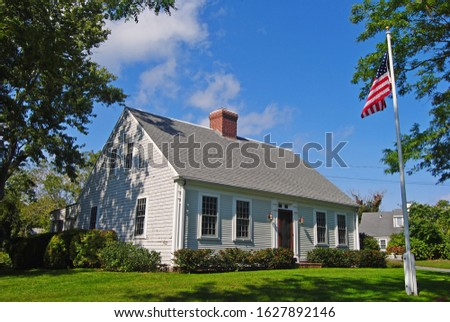 One of the many period homes along Old King's Hwy MA 6A in Cape Cod, Massachusetts, United States. Photo stock ©
