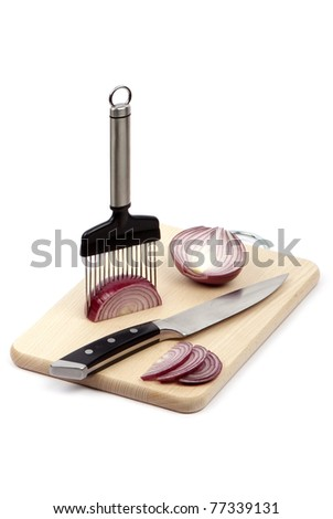 onion holder with sliced onion on board