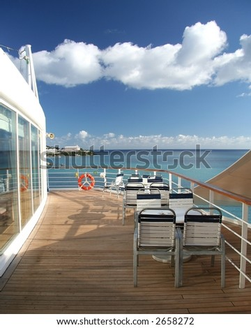 Open air bistro on a cruiseship