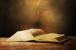 Open book. Biblia.