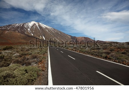 Open Road on Tenerife. The open road to leading to the Volcano Teide on Tenerife.