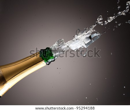 Openning champagne bottle