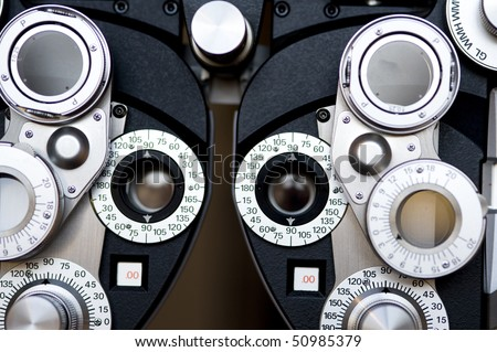 Optometrist diopter.