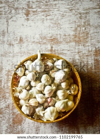 Organic Baby Garlic