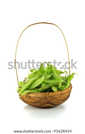 organic snow peas in basket