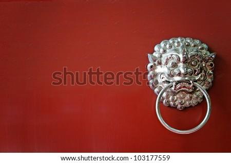Oriental lion's door