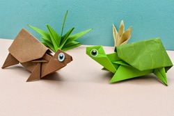 Origami sea turtles. Green and Brown Papercraft turtles.