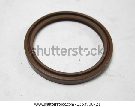 Original picture of driven face seal