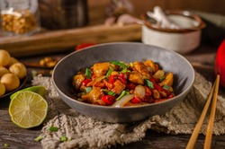 Original recipe with chicken, vegetable and nuts