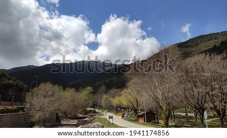 Ornaz Valley Park view in Spring Stok fotoğraf ©