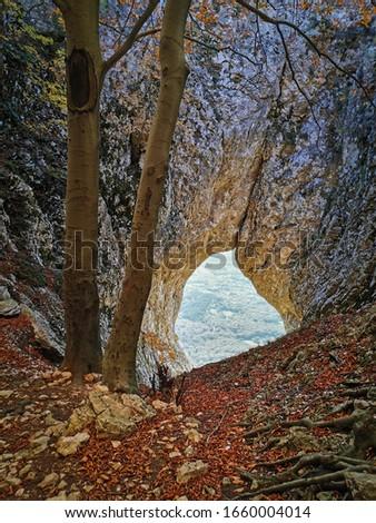 Otlisko okno, rock formation above Vipava valley Zdjęcia stock ©