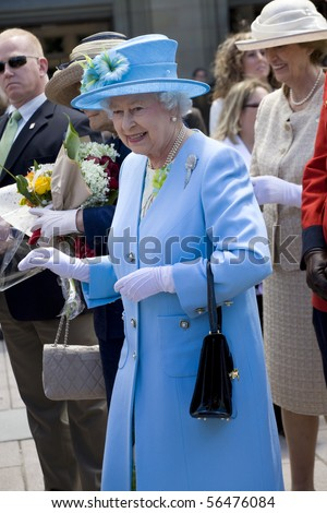 OTTAWA, ON - JUNE 30: Queen Elizabeth II visits the Museum of Nature in Ottawa, Ontario, Canada on June 20, 2010. It was her first stop on her trip to Ottawa. A smiling Queen Elizabeth II during the 2010 Royal Tour in Canada.