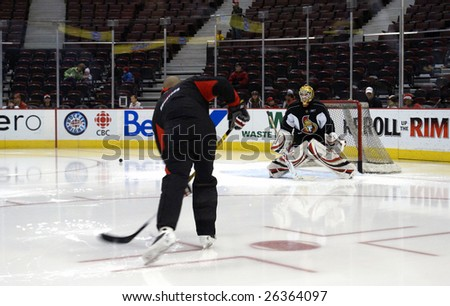 OTTAWA, ON - MAR 7: Ottawa Senators player Alex Auld practices hockey in front of the public at Scotiabank Place March 7, 2009 in Ottawa, ON.