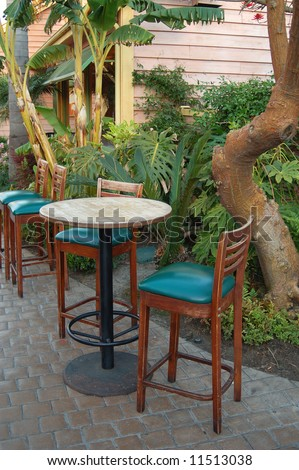 Outdoor chairs and table; San Diego, California
