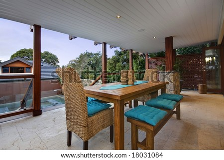 Outdoor Entertaining Area Of A Luxury Home Stock Photo 18031084 ...